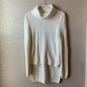 Moth cream turtleneck high low chunky knit sweater